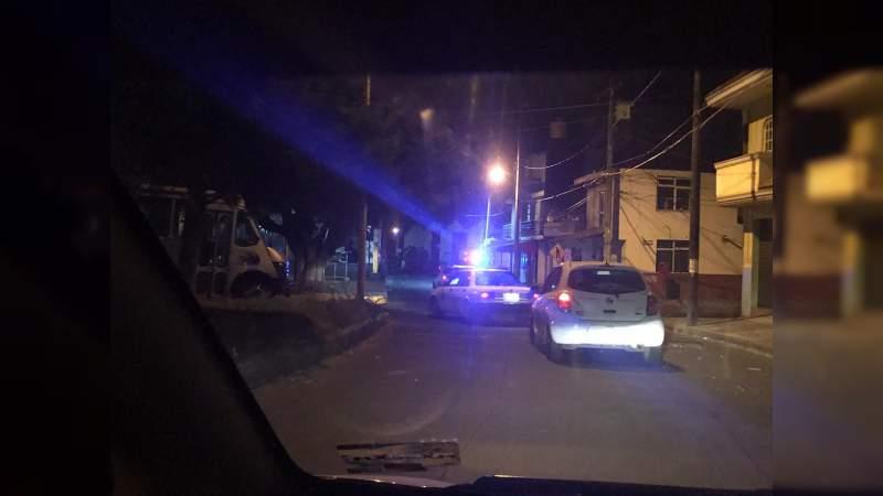 Un taxista resultó herido al ser atacado a balazos en Uruapan, Michoacán