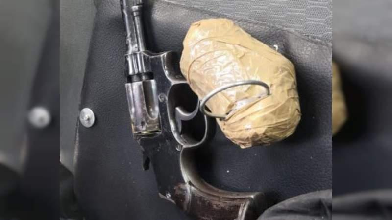 Tras balacera en Morelia detienen a un menor y un adulto: Les aseguran arma y granada casera