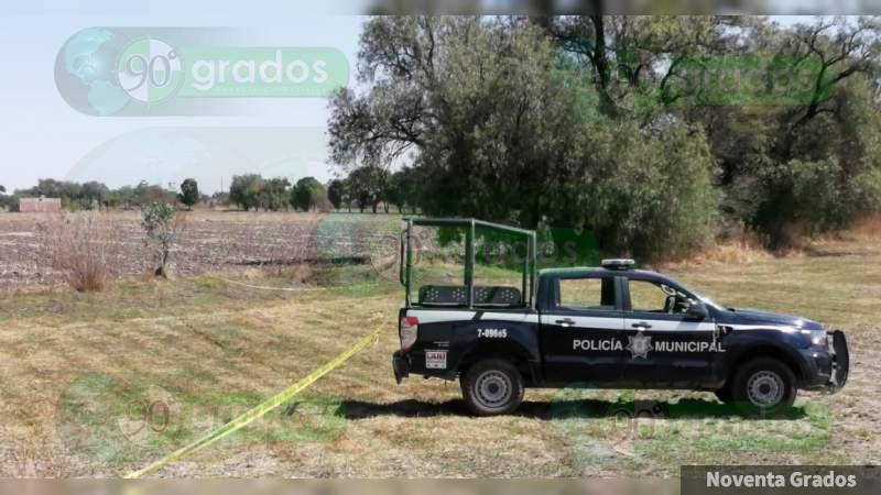 Mujer descubre cuerpo desmembrado y enterrado en poblado de Celaya, Guanajuato