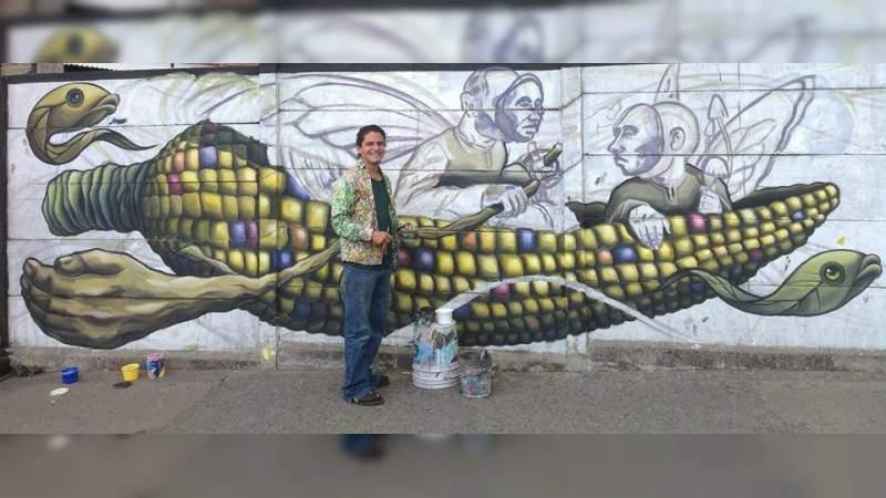 Juan Fuentes, pintor callejero, artista urbano que pinta a la otra Morelia
